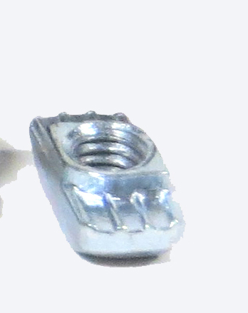 Selbsteindrehende Hammermutter M6 Nut8/VE 10 Stück